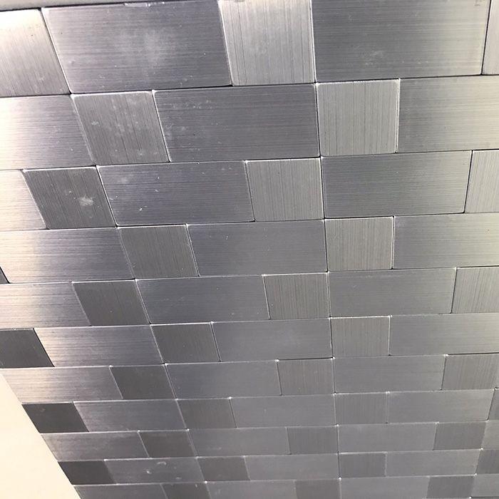 Gạch mosaic vuông bạc tự dính MT-GM02104