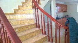 Cầu thang làm từ đá Vàng Ánh Đồng MT-DCT1249