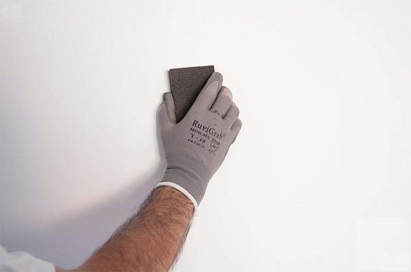 Chuẩn bị bề mặt trước khi thi công